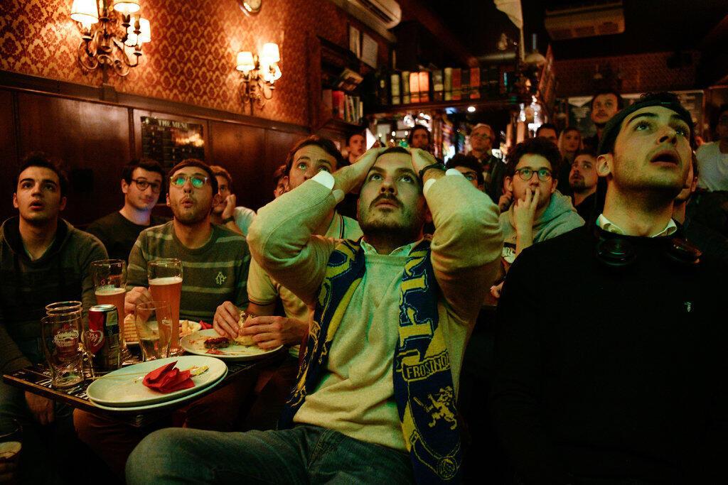 意大利2017年11月13日晚遭淘汰無緣進入俄世界盃,球迷欲哭無淚