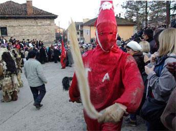 Le carnaval de Vevčani, en Macédoine.