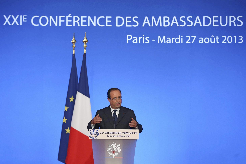 Tổng thống François Hollande đọc diễn văn trước Hội nghị thường niên các đại sứ Pháp - REUTERS