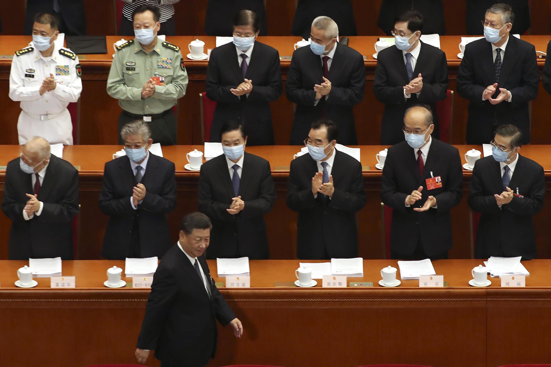 Chủ tịch Tập Cận Bình lên đọc diễn văn khai mạc kỳ họp Quốc Hội Trung Quốc, Bắc Kinh, ngày 22/05/2020.