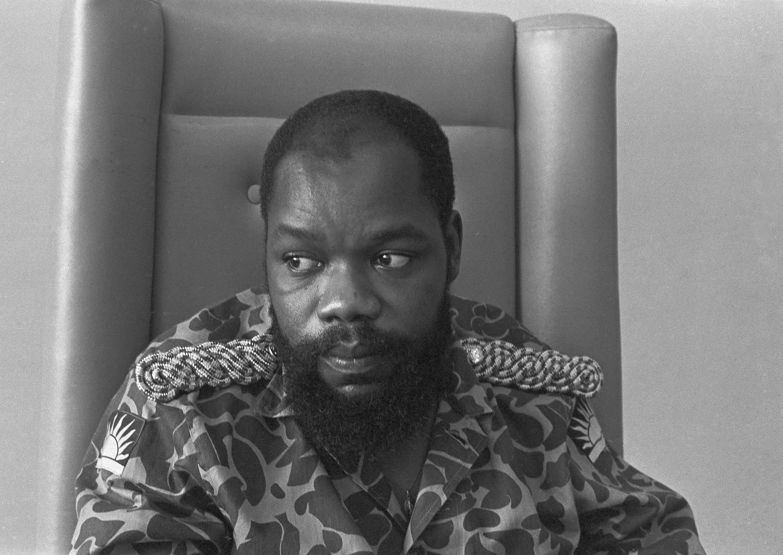 Chukwuemeka Odumegwu Ojukwu, architecte de la sécession du Biafra. Photo prise en 1991