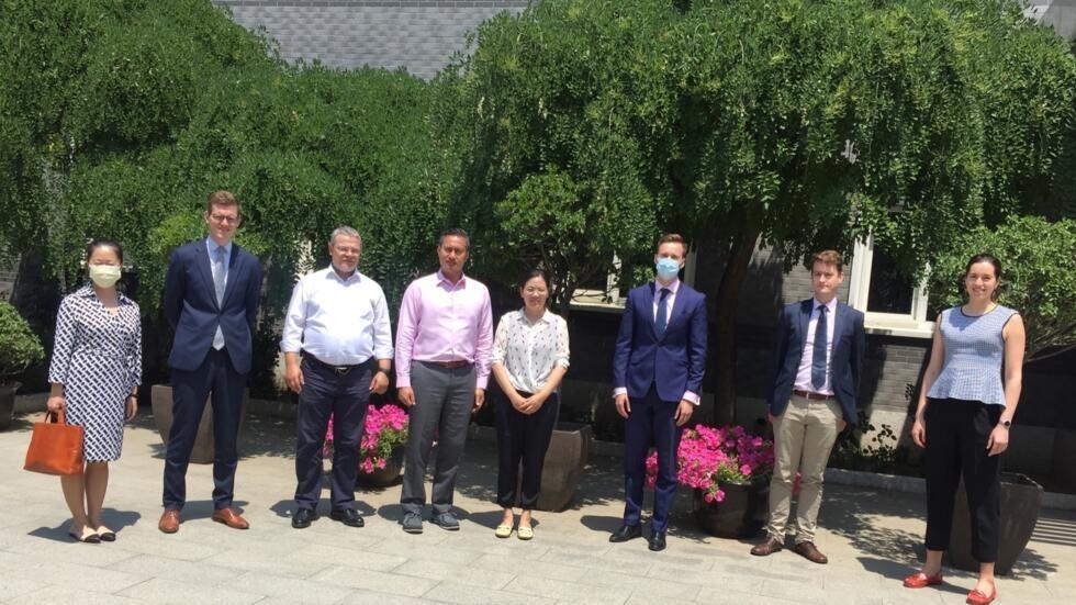 余文生妻子许艳会见七国人权官员,2020年6月18日。