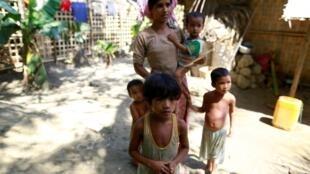 Ảnh minh họa : Người hồi giáo Rohingya không có quyền khai báo chủng tộc của mình.