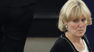L'eurodéputée Les Républicains Nadine Morano a été mise sur la sellette par son propre parti en vue des prochaines élections régionales.