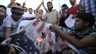 Des Lybiens manifestent, le 7 octobre, contre la capture par les Américains d'Abou Anas al-Libi.