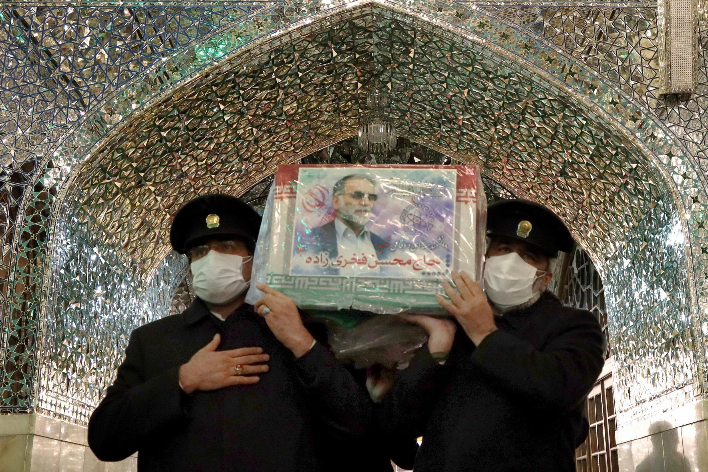 Foto del funeral de Mohsen Fakhrizadeh brindada por el ministerio de Defensa iaraní, en Mashhad, el 29 de noviembre de 2020