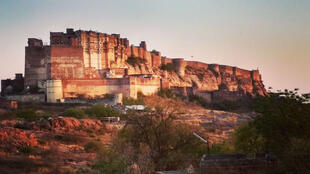Le fort de Mehrangarh, l'attraction la plus célèbre de Jodhpur, au Rajasthan.