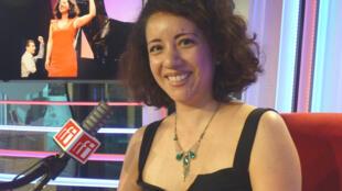 La soprano Maya Villanueva en RFI