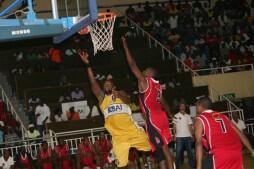 Felizardo Ambrósio, extremo-poste do 1° de Agosto num encontro frente ao Petro de Luanda