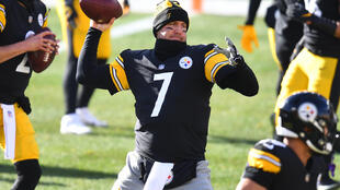 Pittsburgh quarterback Ben Roethlisberger will sit out the NFL playoff-bound Steelers' regular-season finale against the Cleveland Browns