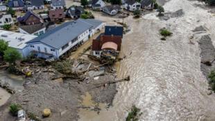 ville d'Insul (ouest de l'Allemagne) innondée à cause des pluies diluviennes
