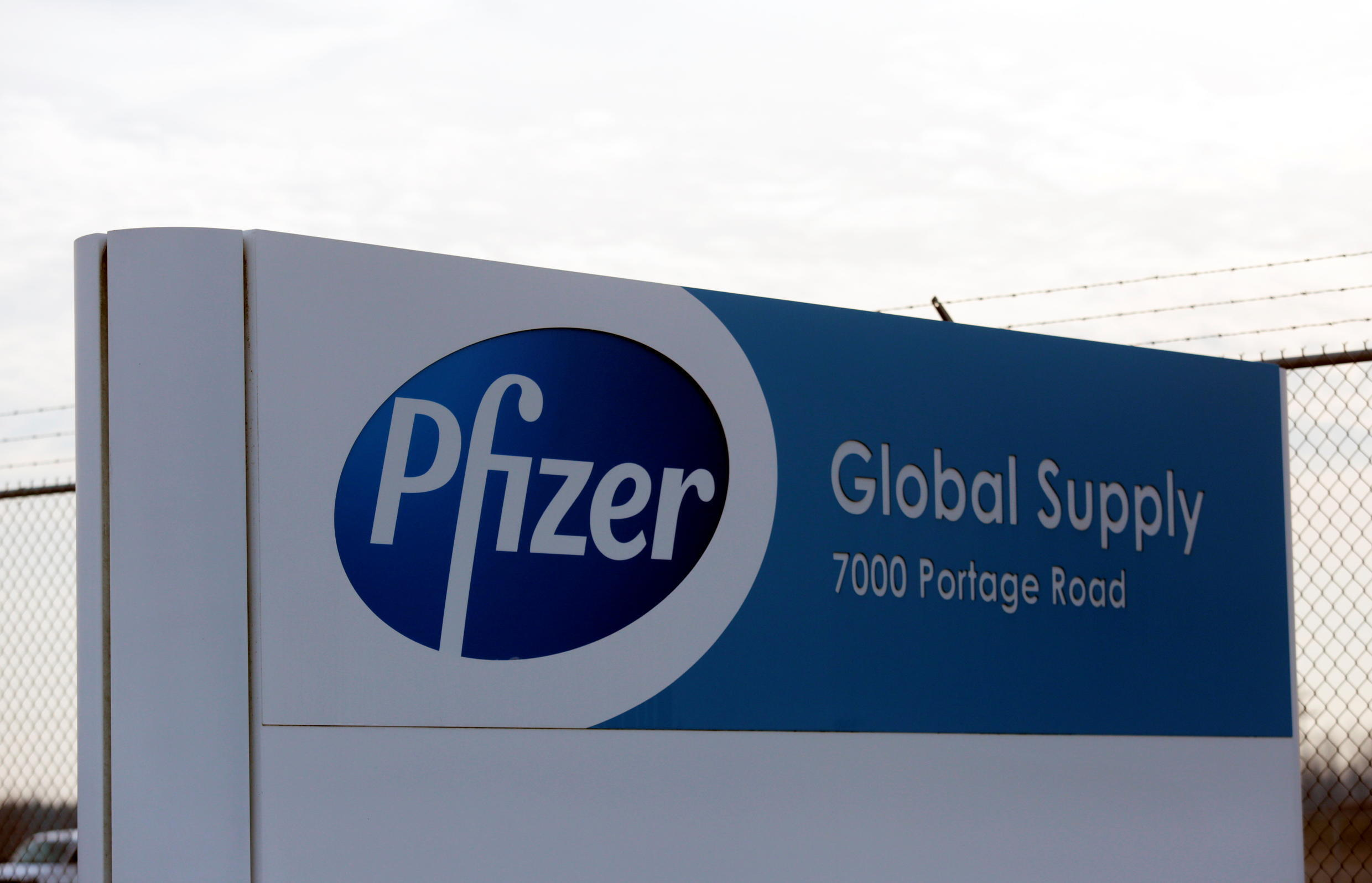 The Pfizer Global Supply manufacturing plant is seen in Portage, Michigan, U.S., December 11, 2020.   REUTERS/Rebecca Cook