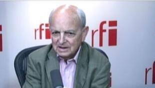 François Loncle, député français, membre de la commission des Affaires étrangères de l'Assemblée nationale.