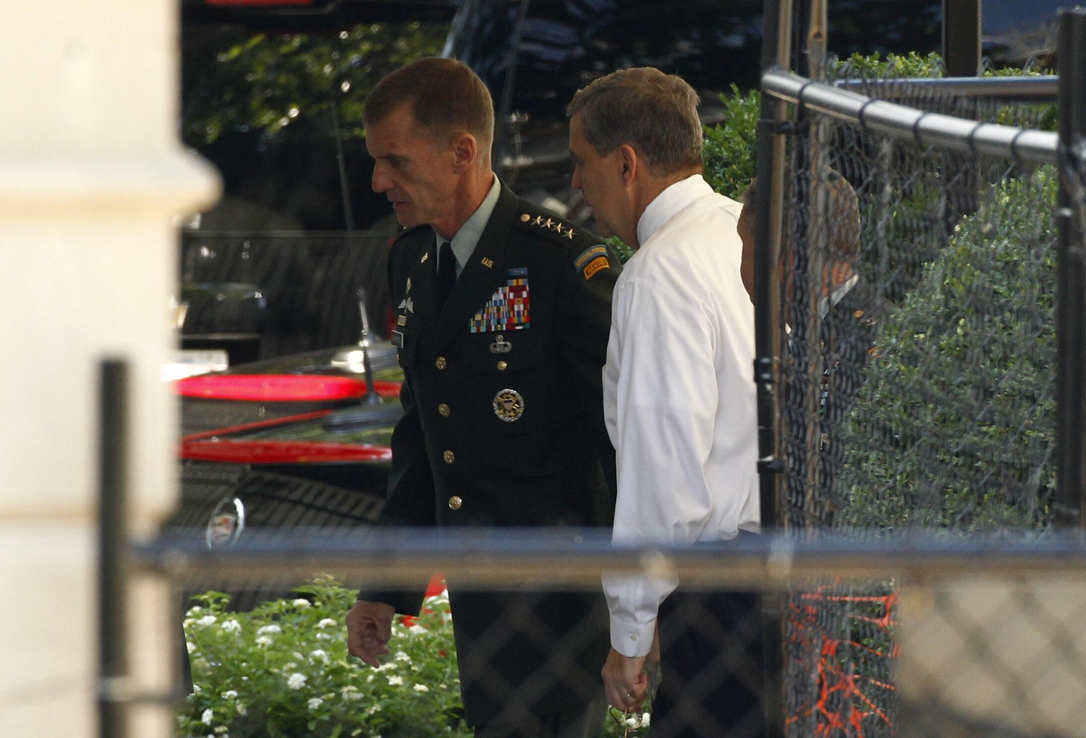 Генерал МакКристал встретился сегодня в Белом Доме с президентом Бараком Обамой
