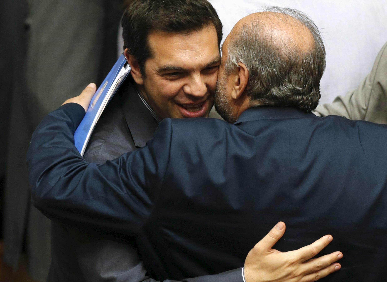 Премьер-министр Греции Алексис Ципрас после одобрения парламентом предложений кредиторам, Афины, 11 июля 2015 г.