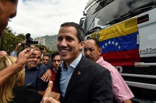 Juan Guaidó, líder da oposição na Venezuela, está na Colômbia.
