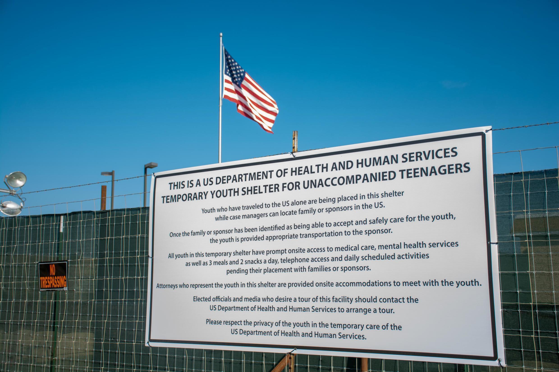 Centro de detenção para menores migrantes desacompanhados do Departamento de Saúde e Serviços Humanos dos EUA em Carrizo Springs, Texas, EUA, em 10 de julho de 2019.