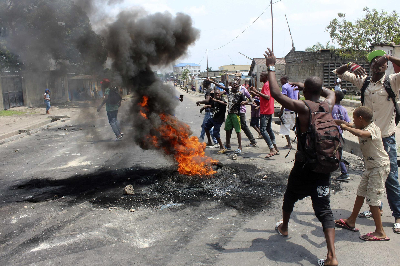 Le bilan des affrontements entre les forces de l'ordre et les manifestants varie de 11 victimes du côté des autorités à plus de 40, plus les ONG.