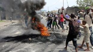 Le bilan des affrontements entre les forces de l'ordre et les manifestants varie de 11 victimes du côté des autorités à plus de 40 plus les ONG.