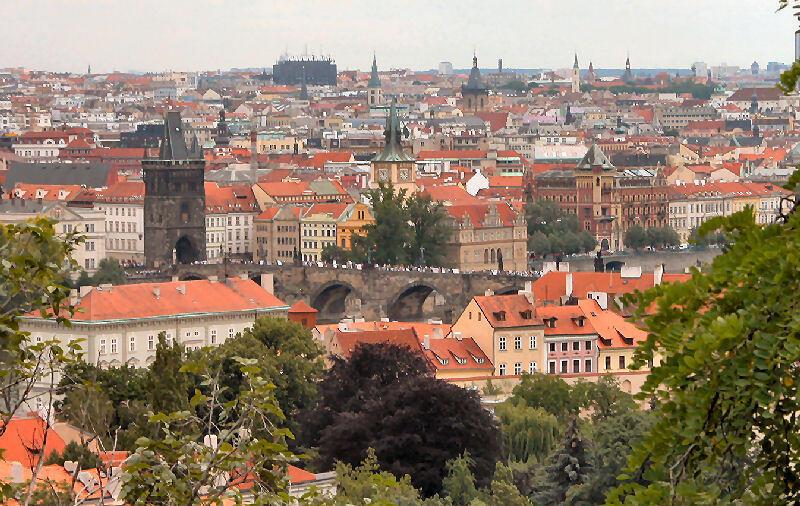 Prague, la cité aux 1 000 clochers, fait face à une pénurie durable de main d'œuvre.