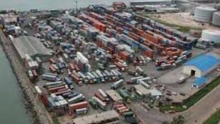 Guinée: le port de Conakry
