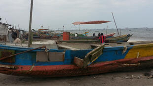 Débarcadère du village des pêcheurs sur la plage Songolo à Pointe-Noire.