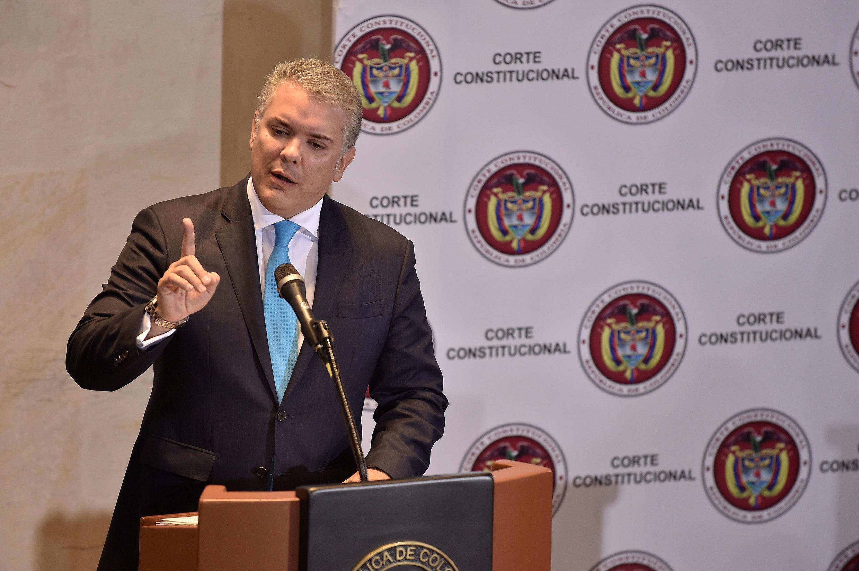 Le président colombien Ivan Duque a plaidé, devant la Cour constitutionnelle, pour la reprise des épandages aériens de glyphosate afin d'éliminer les champs de coca. Bogota, le 7 mars 2019.