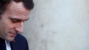 Paris Match: «Эмманюэль Макрон слышит, что простой народ кричит патрициям».