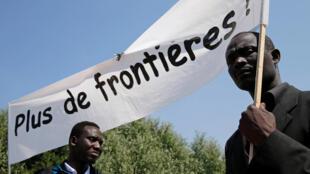 Os ministros do Interior dos 28 Estados membros chegaram a um consenso para reduzir a chegada de migrantes irregulares