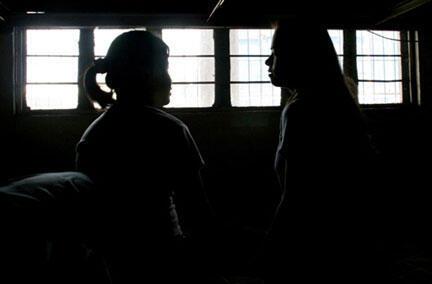 Las víctimas del tráfico de seres humanos son, sobre todo, las niñas y las mujeres.