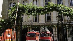 Caserne de pompier située rue Blanche, dans Paris.