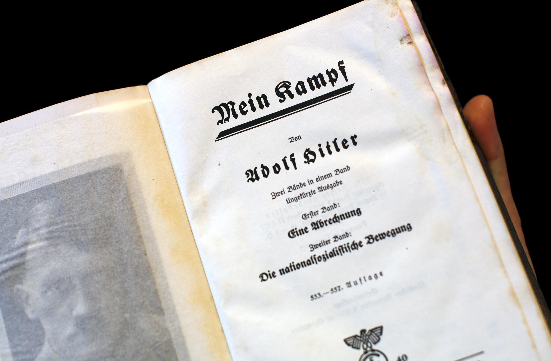 Edición de 'Mi Lucha' , de Hitler, en una edición de 1940.