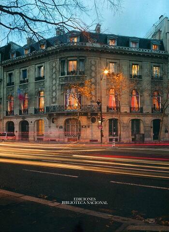 Portada del libro dedicado al edificio de la Embajada de Chile en París