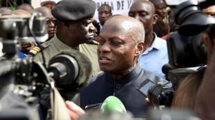 Le président bissau-guinéen José Mario Vaz tente de reprendre la main malgré les pressions de la communauté internationale.