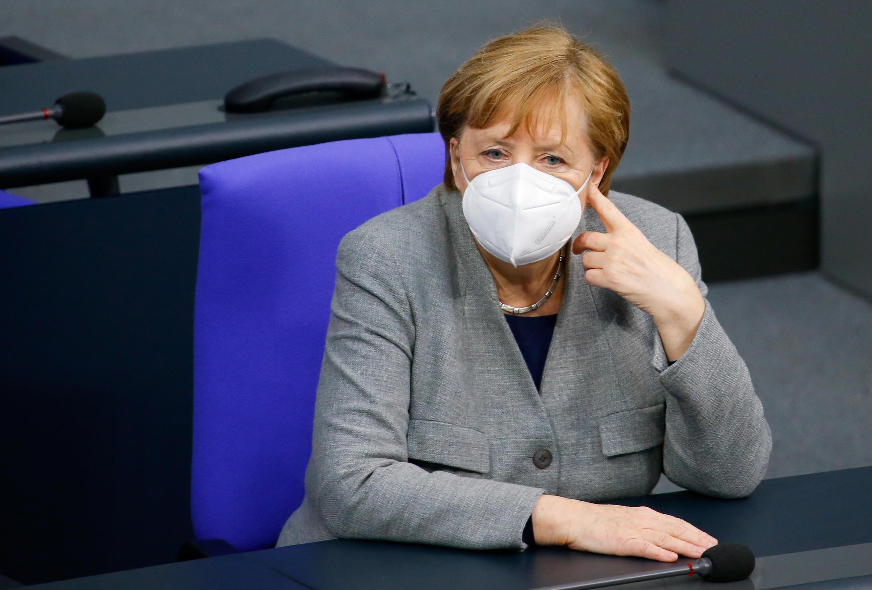 Mme Merkel