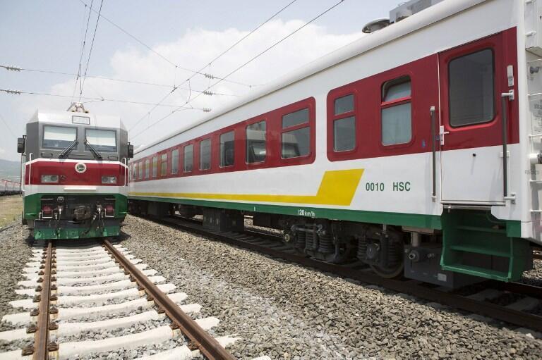 Tuyến đường sắt Addis-Abeba đến Djibouti do Trung Quốc xây dựng được khánh thành ngày 05/10/2016 tại Ethiopia.