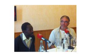 Justin Oudiga et Guy Giroud (rôle-titre et metteur en scène de «Candide l'Africain»).