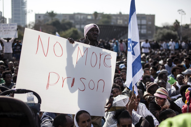 Cuarenta mil inmigrantes ilegales, procedentes casi en su totalidad de Africa, abandonar Israel antes del 1 de mayo.