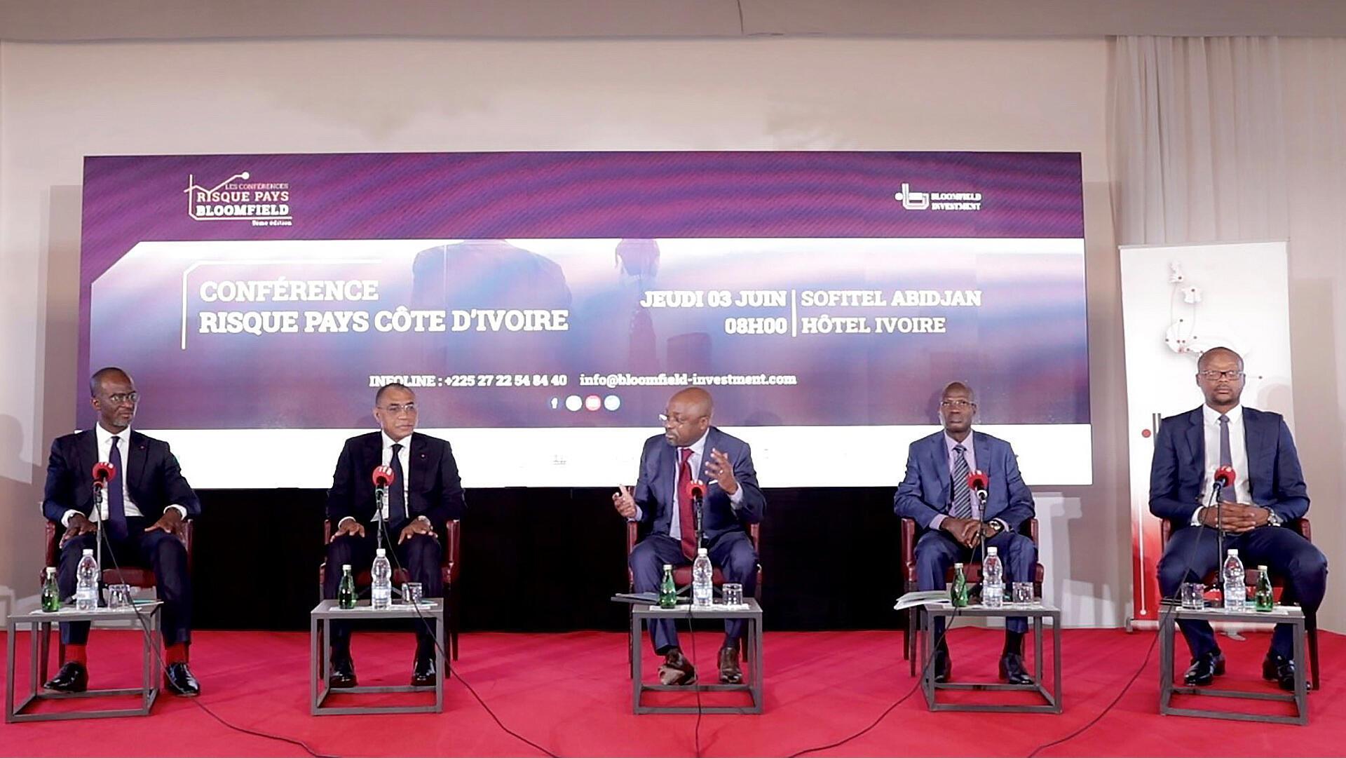 Plateau du débat africain, présenté par Alain Foka (Abidjan, 3 juin 2021)