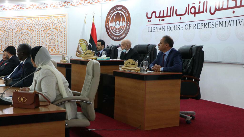 Libye: les élections législatives repoussées à janvier 2022