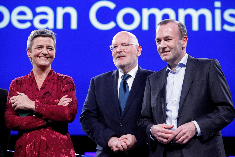 លោកស្រី Margrethe Vestager លោកFrans Timmermans និងលោក Manfred Weber បេក្ខជនប្រធានគណៈកម្មការអឺរ៉ុបសម្រាប់អាណត្តិថ្មី