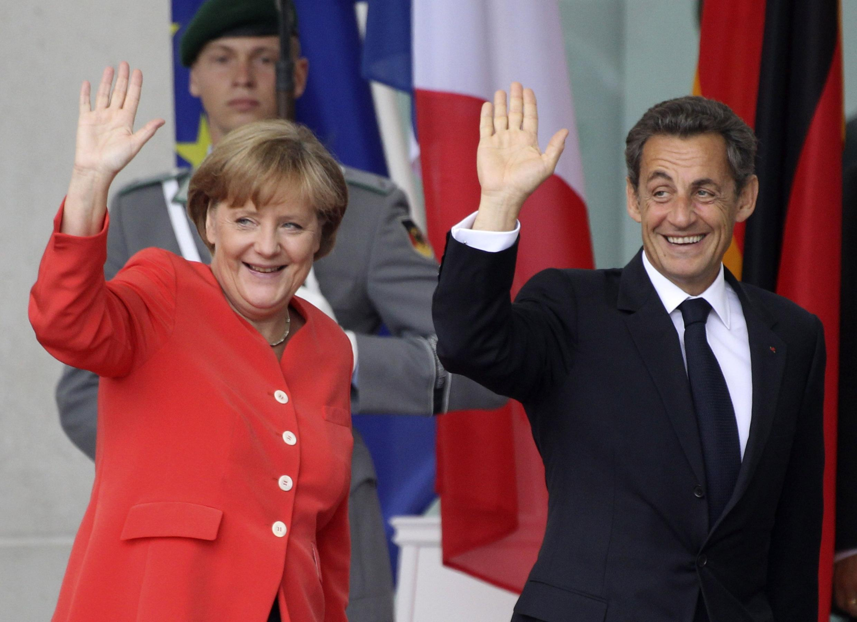 O presidente francês Nicolas Sarkozy e a chanceler alemã Angela Merkel reúnem-se nesta sexta-feira em Berlim.