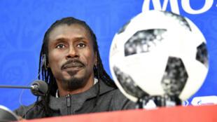 Aliou Cisse, le sélectionneur du Sénégal, lors d'une conférence de presse à Moscou, le 18 juin 2018.