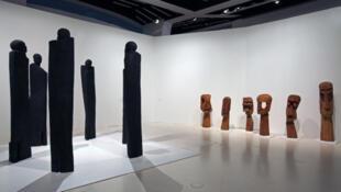 «Les Maîtres de la sculpture de Côte d'Ivoire», au Musée du Quai Branly à Paris, qui a lieu jusqu'au dimanche 26 juillet 2015.