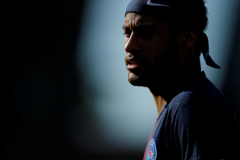 """Neymar estariam treinando separado em razão de sua """"fase de recuperação"""""""