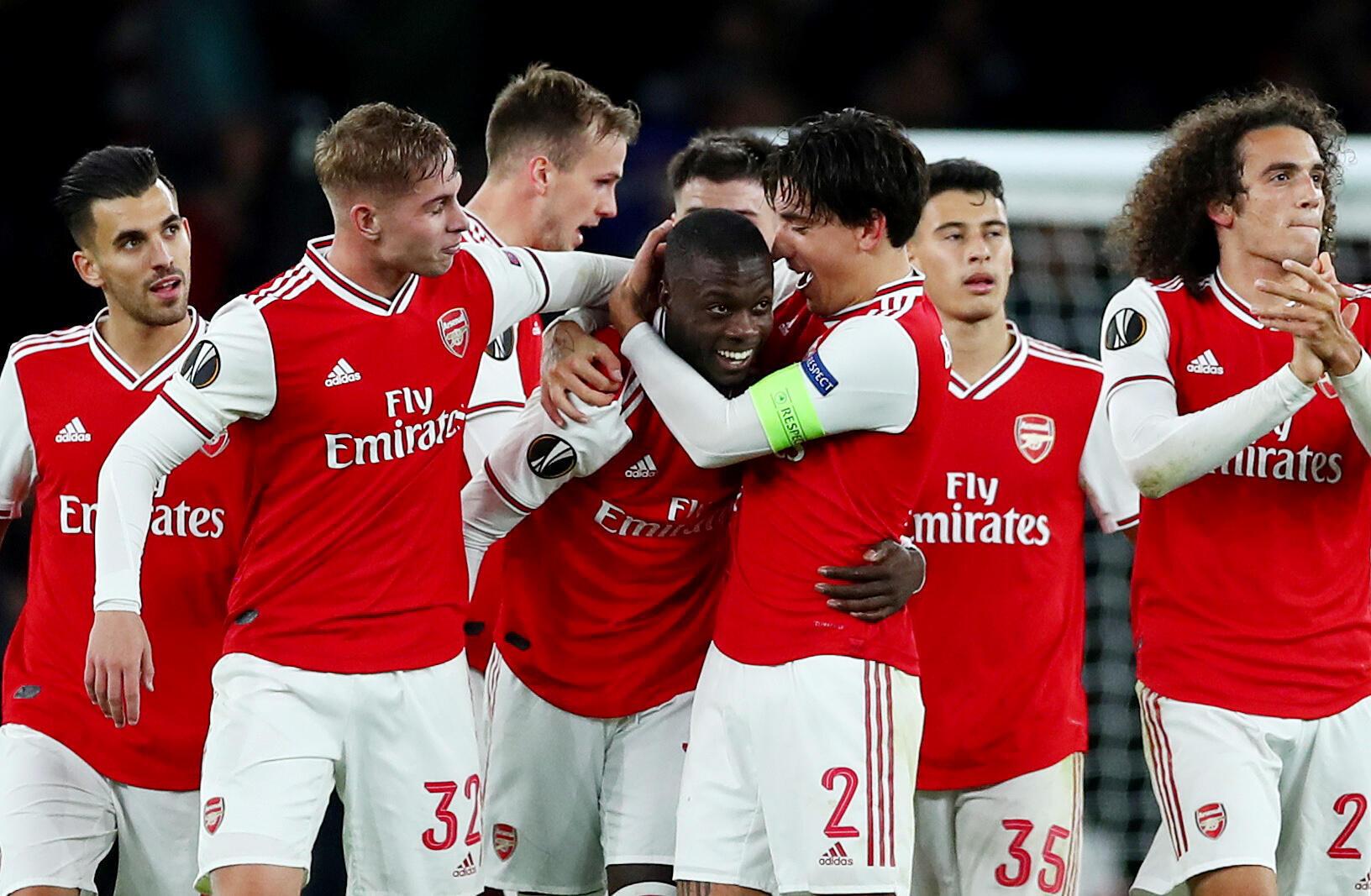 Wasu daga cikin 'yan wasan kungiyar Arsenal.