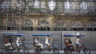 Touristes étrangers à La Havane, le 23 janvier 2015.