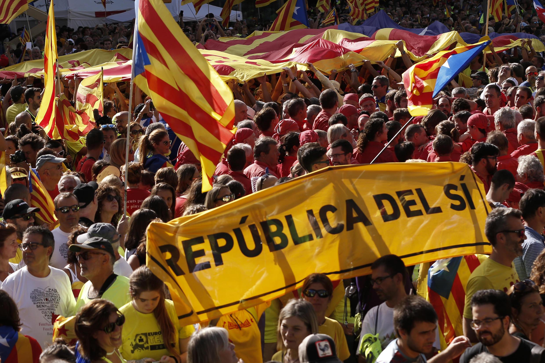 Wakaazi wa jimbo la Catalonia waendelea kuandamana kutaka jimbo lao kujitenga na Uhispania na kuwa huru