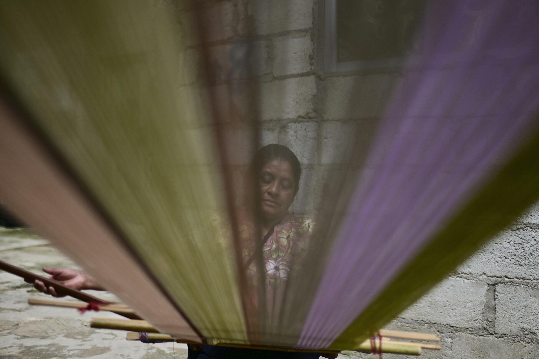 Los tejedores buscan el reconocimiento internacional por sus tradiciones, cultura y tejidos