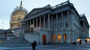 Dự lụât cấm tra tấn tù nhân còn chờ  Quốc hội lưỡng viện Mỹ thông qua -  REUTERS /Jonathan Ernst